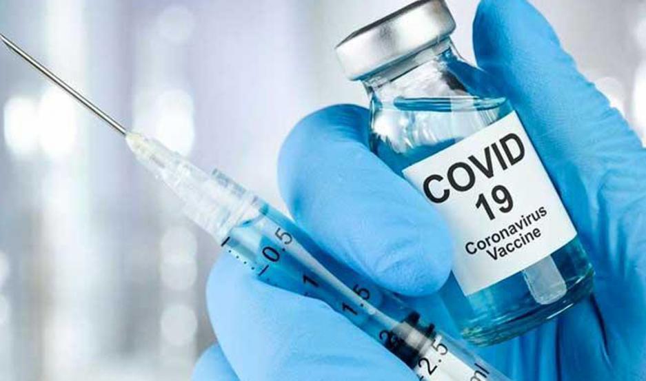 Los análisis realizados al primer caso reinfectado aportaron detalles importantes a los científicos que desarrollan la vacuna.