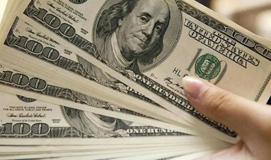El dolar marginal acumuló una suba de $5 en la semana.