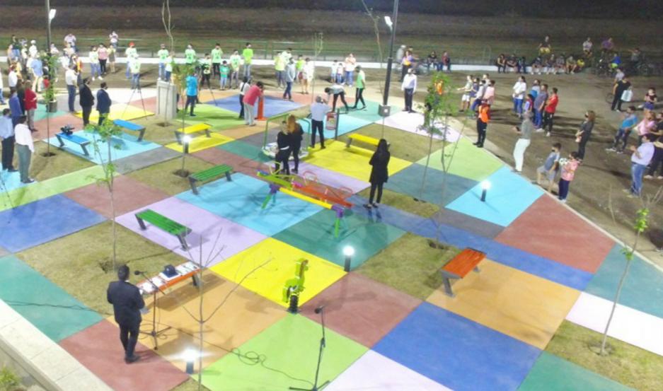 El espacio público cambió la fisonomía de un importante sector del barrio 90 Viviendas.