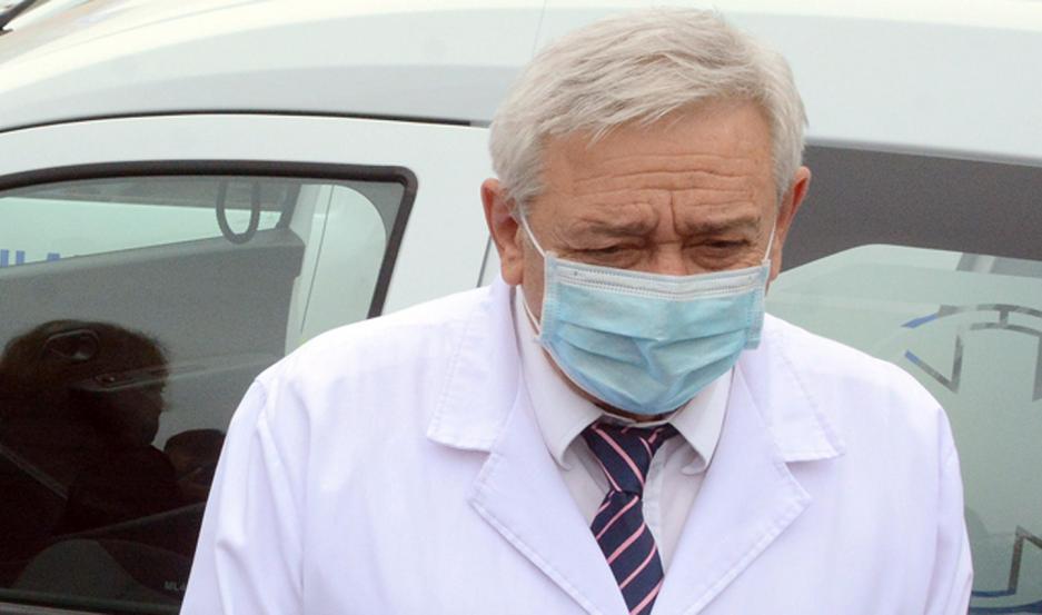 """DR. MONTI. """"En la provincia hay un 70% de las camas de los hospitales ocupadas"""", informó."""