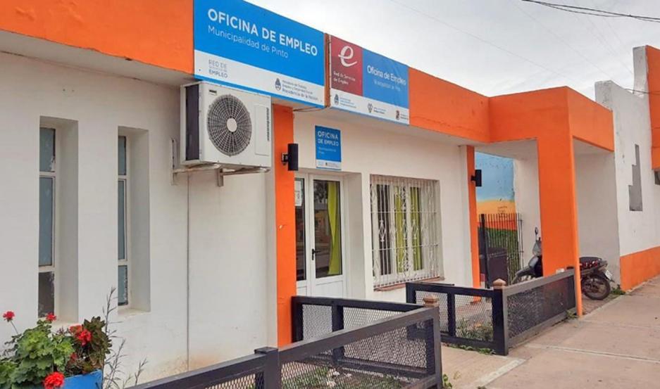 """""""Vamos a seguir apoyando a esta oficina y brindando lo necesario para su funcionamiento"""", dijo Leguizamón."""