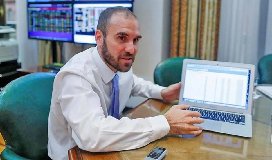 """Insistió en que no habrá una devaluación y el ajuste será gradual, de """"entre el 24 y 25%""""."""
