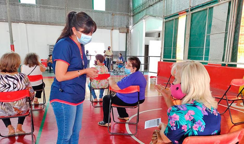 Los mayores de 70 años de Añatuya recibirán la primera dosis de la vacuna contra el Covid.