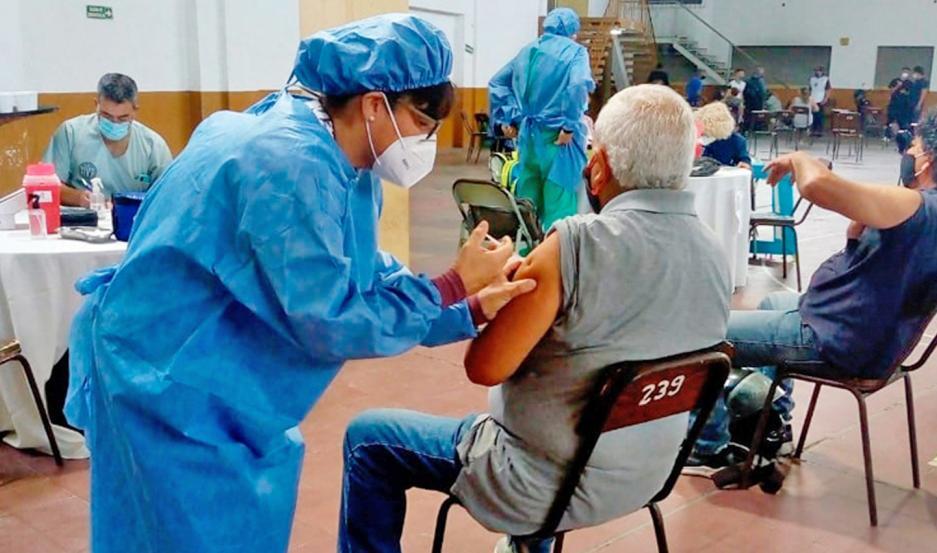 El Ministerio de Salud viene trabajando de manera intensa con intendencias y comisiones municipales.