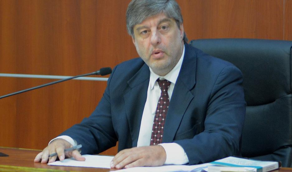 Fernando Paradelo, juez, de la causa.