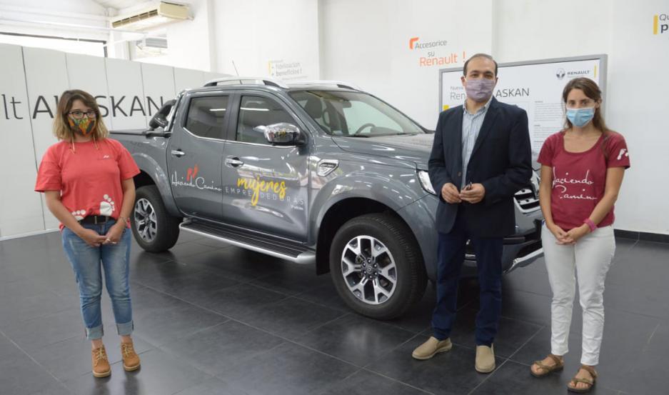 Referentes de la fundación y Renault Argentina participaron de la premiación.