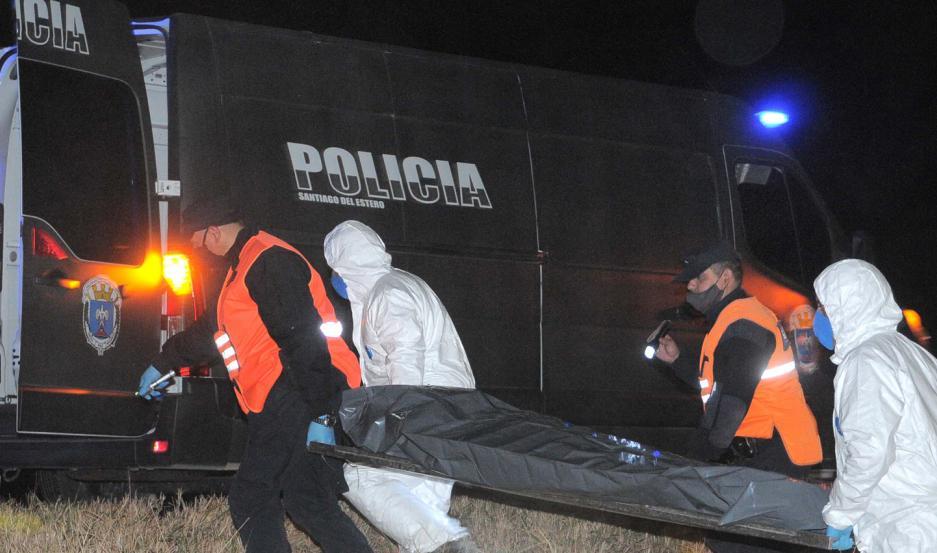 El cuerpo de la víctima fue conducido a la morgue judicial.