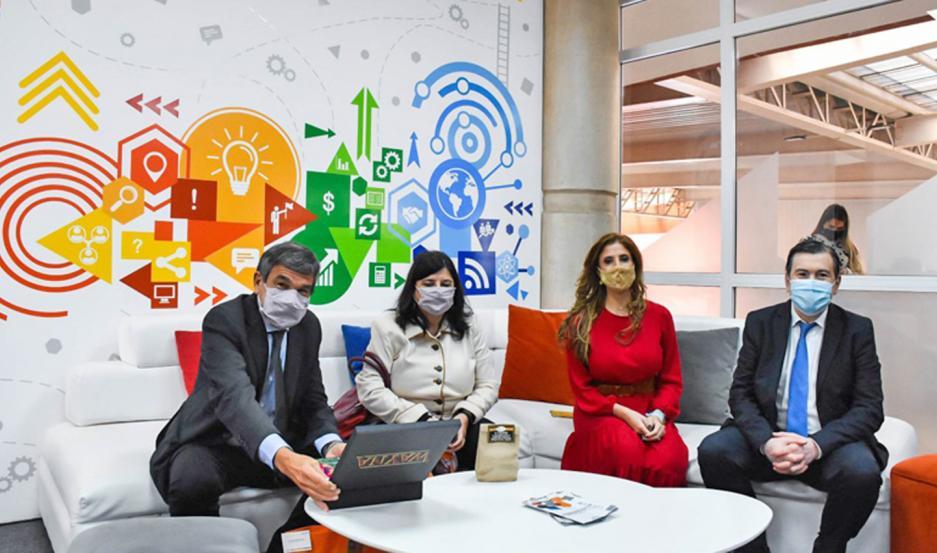 Salvarezza remarcó que el ministerio invirtió $50 millones en distintas iniciativas en Santiago.