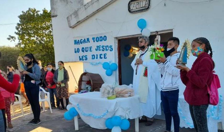 La santa misa fue oficiada por el sacerdote de la parroquia Inmaculada Concepción de Frías, Sergio Lamberti.