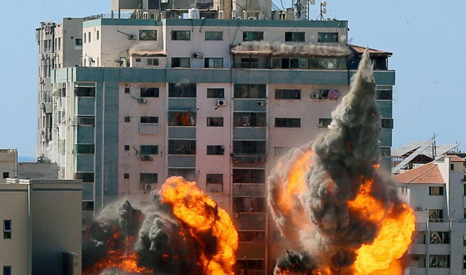 Al menos 200 palestinos murieron por los ataques israelíes en Gaza y solo 10 israelíes.