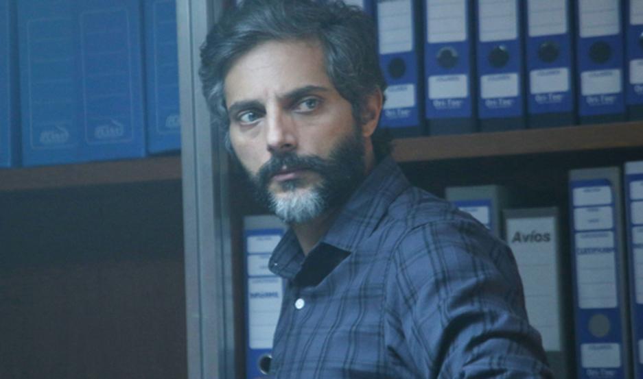 Joaquín Furriel es un arquitecto atormentado por una desaparición.