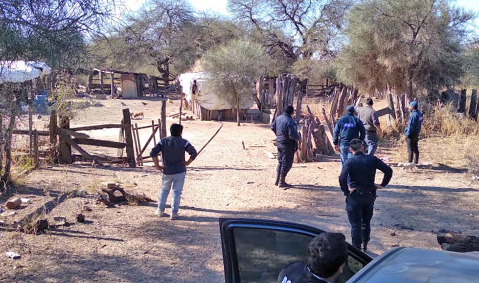 Los detectives secuestraron el arma que supuestamente fue utilizada, dinero y otros elementos vinculados al sangriento asesinato.