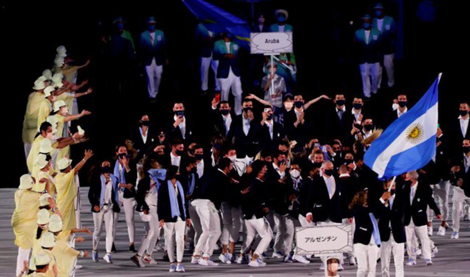 Desfiló la delegación argentina en la ceremonia inaugural de los Juegos Olímpicos