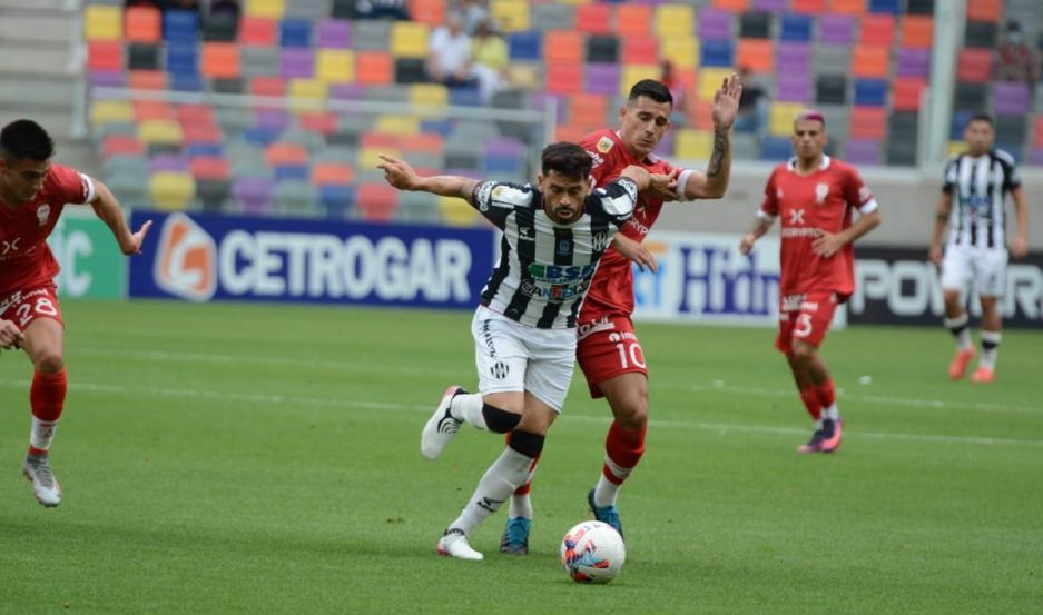 Huracán le ganó a Central Córdoba en el Estadio Único