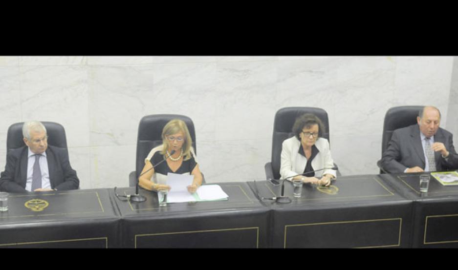TRIBUNAL. La presidenta, Dra. Alicia Noli fue la responsable de dar a conocer la condena a cada uno de los imputados.