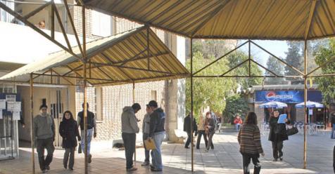Inauguran residencia para universitarios en santiago del for Residencia para universitarios