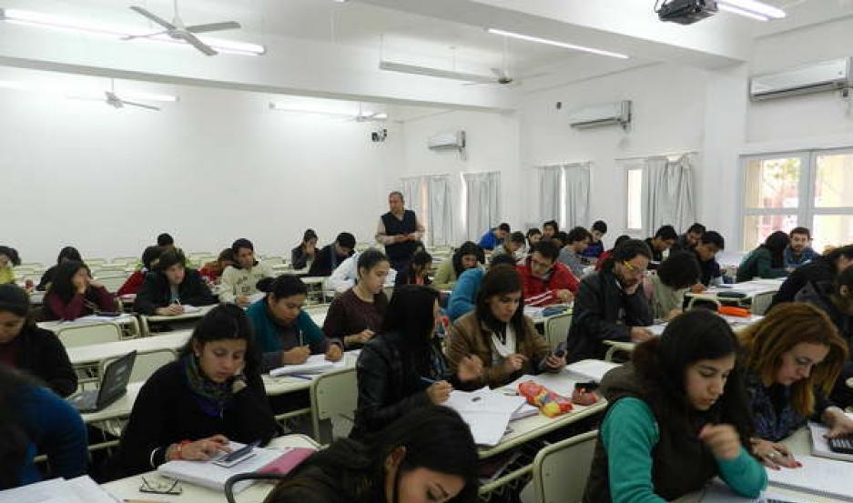 SORPRESA. Ante la noticia, la institución se verá obligada a realizar cambios para una óptima formación de los estudiantes de medicina.