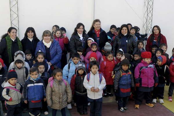 El jard n de infantes nicol s avellaneda celebra sus 75 for Leccion jardin infantes 2016