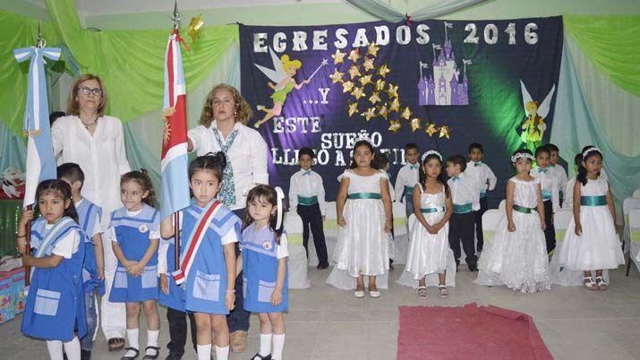 Emotivo cierre lectivo del jard n de infantes municipal for Leccion jardin infantes 2016