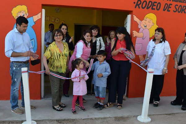 Inauguraron el nuevo local escolar del jard n de infantes for Leccion jardin infantes 2016