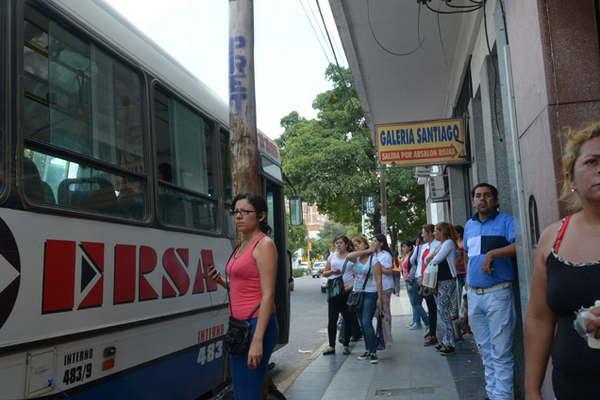 Cambian las paradas de colectivo sobre calle jujuy el for Bazares calle jujuy