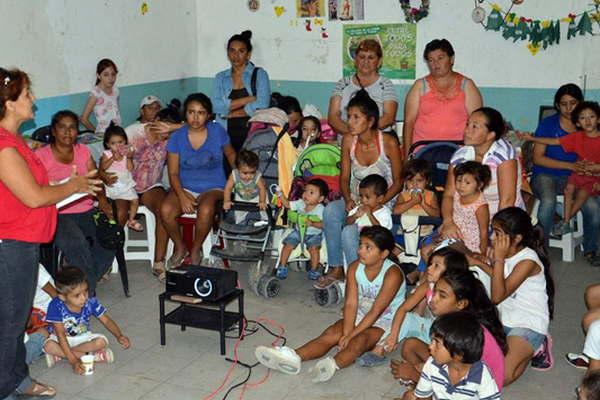 Pantalla saludable visit un nuevo comedor infantil el for Comedor infantil